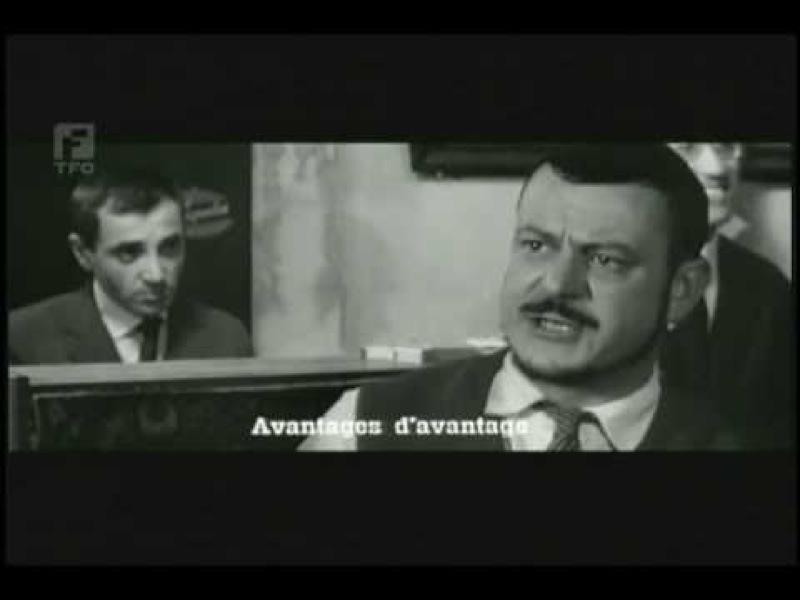 """Boby Lapointe et Serge Aznavour dans """"Tirez sur le pianiste"""" de François Truffaut, 1960"""