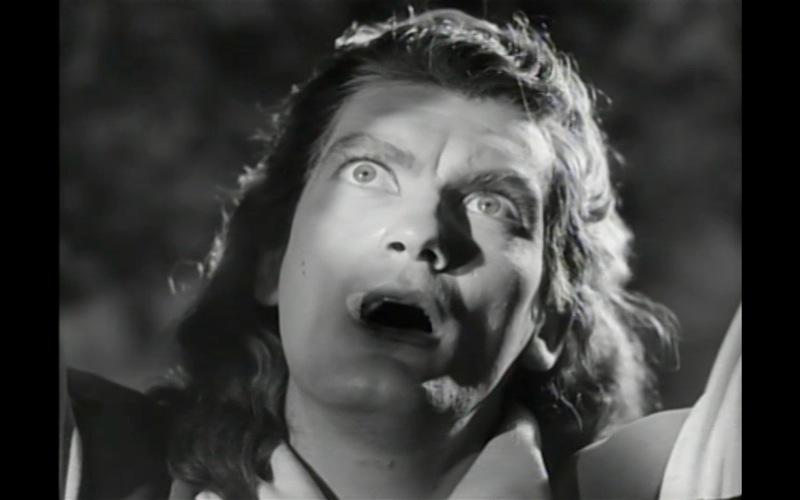 """Jean Marais dans """"La belle et la bête"""" de Jean Cocteau,  1946"""