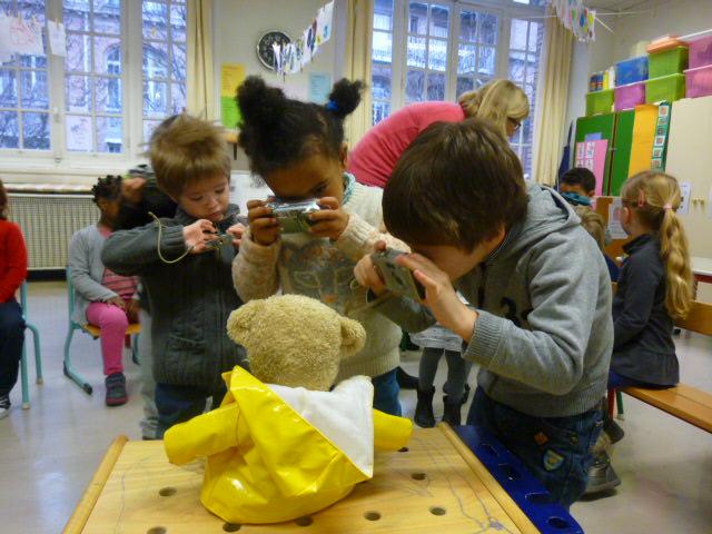 Les enfants de PS/MS d'Amélie Tran apprennent à cadrer...