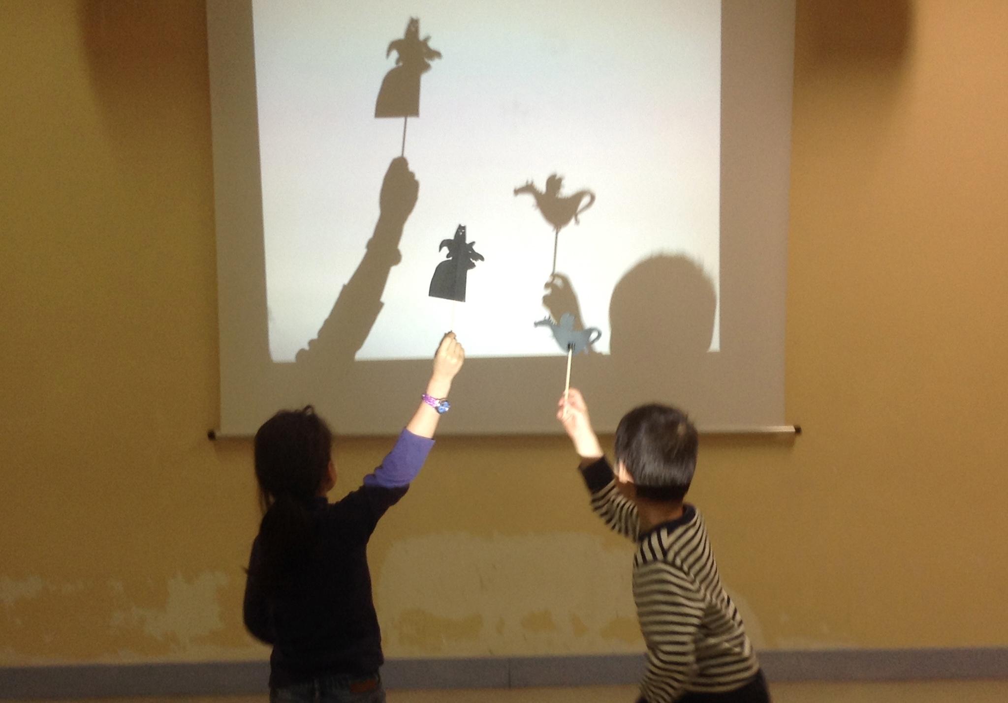 L'utilisation de marionnettes augmente encore les possibilités de création...