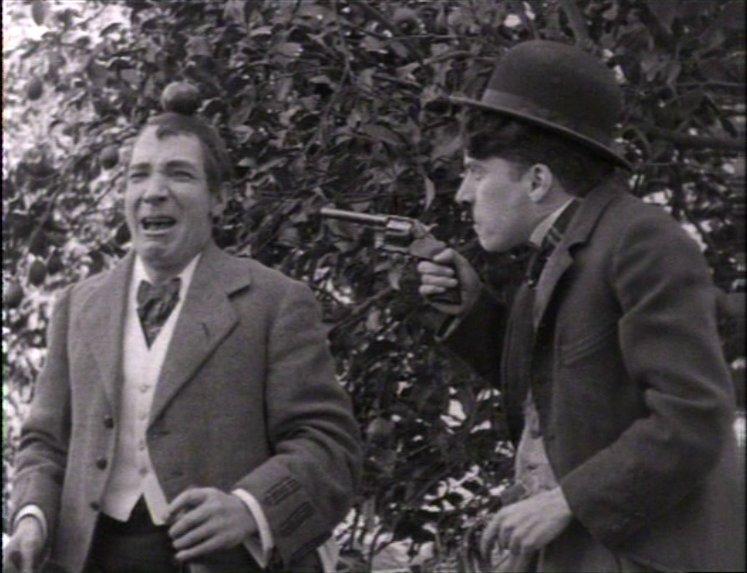 """Photogramme issu de rushes montrés dans la série """"Chaplin inconnu"""""""