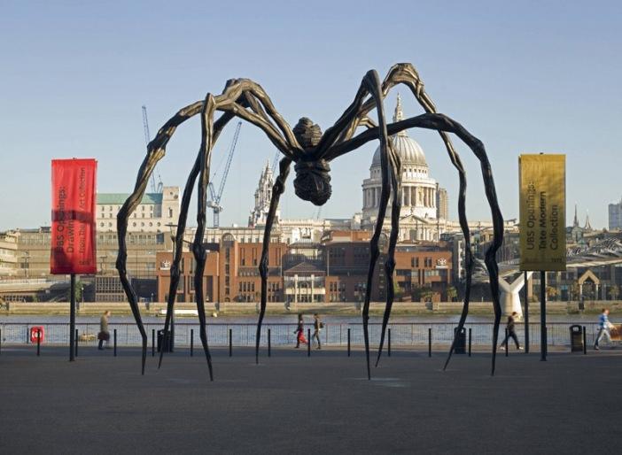 Maman de Louise Bourgeois, Tate Modern , 1999