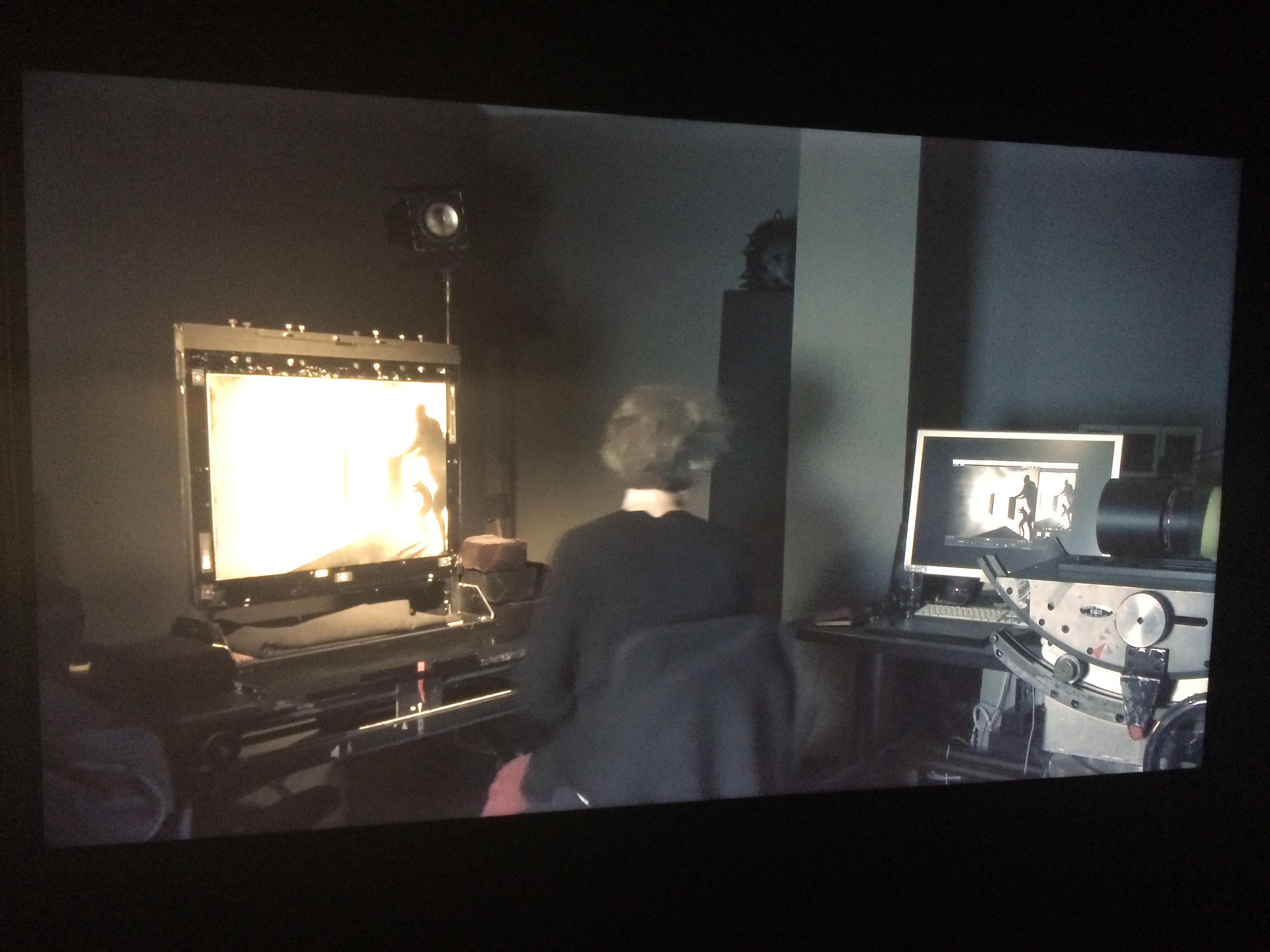 Vidéo montrant l'alliance entre l'écran d'épingles et l'informatique.