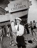 Weegee-Coney-Island-1941-3.jpg