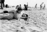 Arthur Leipzig, Coney Island, 1943.jpg